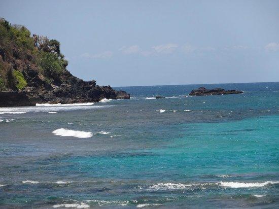 Sudamala Suites & Villas Senggigi : beach in front of Sudamala