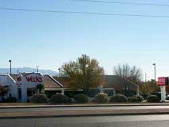 Weck's: 1690 Rio Rancho Dr, Rio Rancho, NM 87124