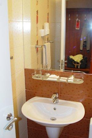 Topos Congress-Hotel: 4
