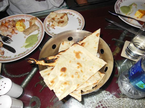 Chor Bizarre : The naan at this restaurant is beautifully done