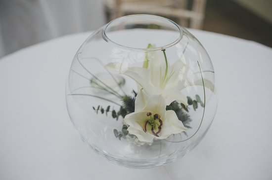 Llangoed Hall: Wedding flowers - Lillies typical in Llangoed