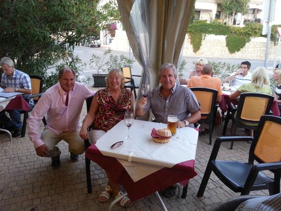 Rocca Grill Restaurant: Koselige venner,sees snart hilsen William