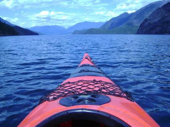 Footsteps Eco Adventures - Day Tours: Kayaking Slocan Lake