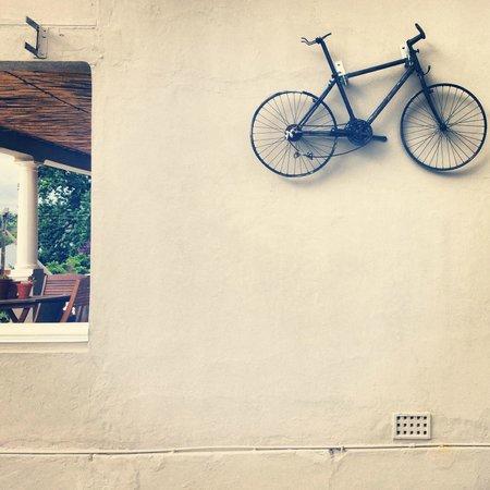 Bear Trap Lodge : Bikers welcome.