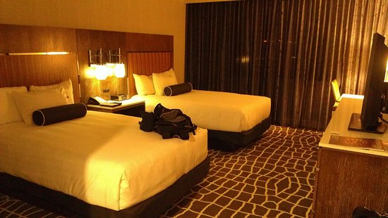 Hyatt Regency Princeton : A double queen room