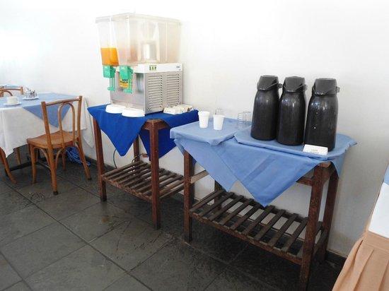 Camburi Hotel : CAFÉ DA MANHÃ, SEM HIGIENE