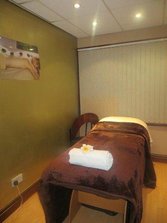 Revitalise: Beauty Room 1