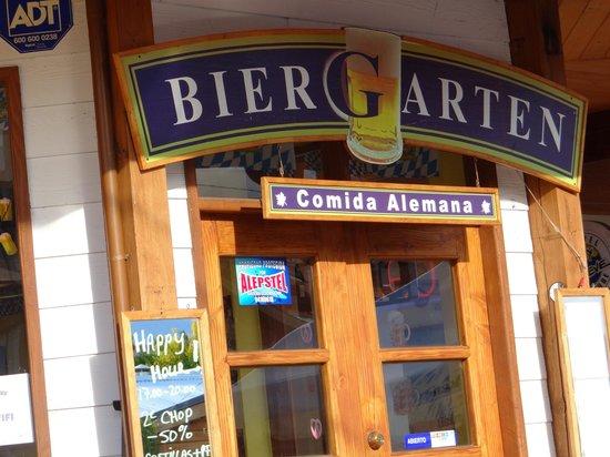 BierGarten Pucon: Biergarten