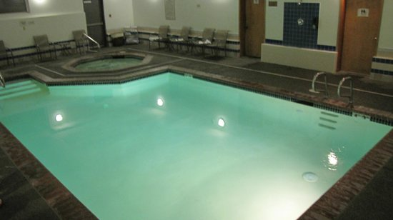 Quality Inn & Suites Pacific - Auburn: pool