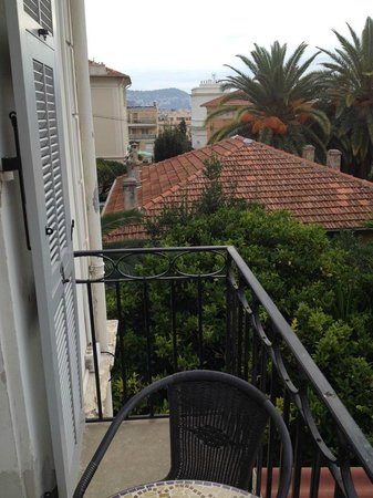 Hotel Villa Les Cygnes: View from balcony