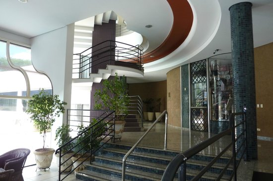 Continental Inn Hotel : Recepção