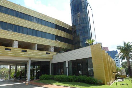 Continental Inn Hotel : Fachada