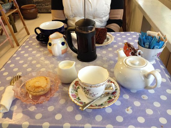 The Garden Station: Coffee tea and cakes