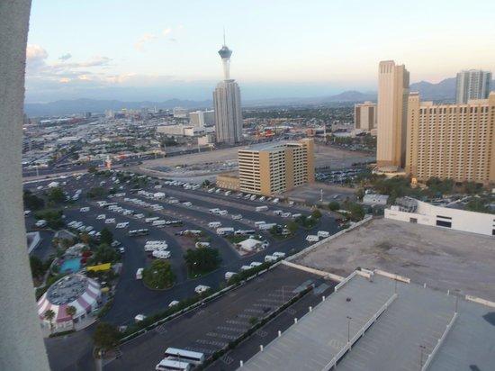Circus Circus Hotel & Casino Las Vegas: Vistas Stratosphere desde habitacion