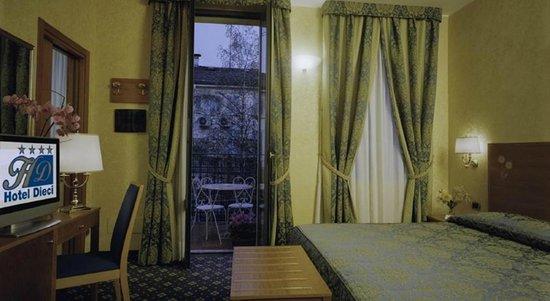 Hotel Dieci: Camera doppia