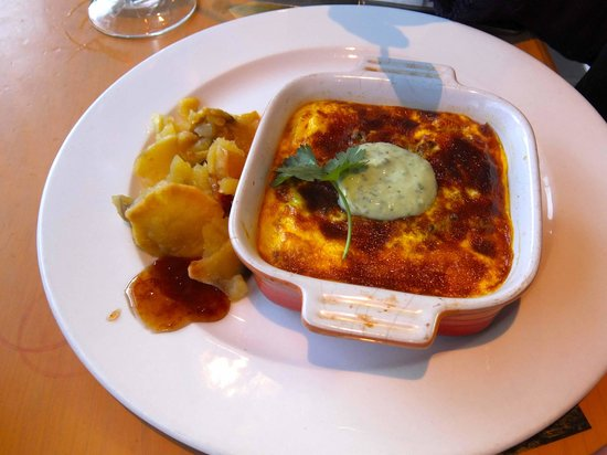 Kalfi's: Vegetarian Boboti with lentils