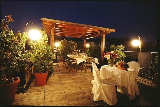 Hotel Dieci Milano : Terrazzo