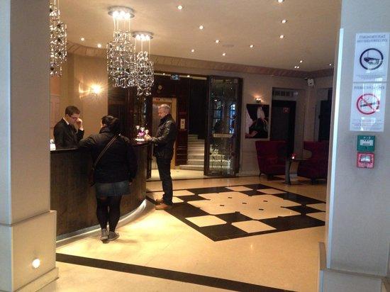 Hotel Edouard 7: Reception