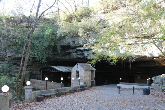 The Lost River Cave