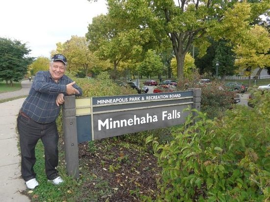 Minnehaha Park sign as you enter the park - picture of minnehaha park
