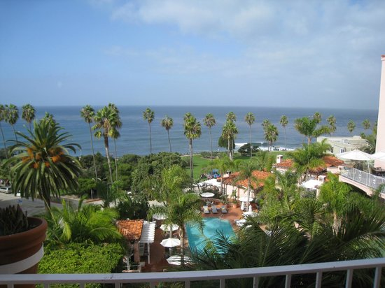 La Valencia Hotel : Morning View from our Room - Winter in La Jolla !!!