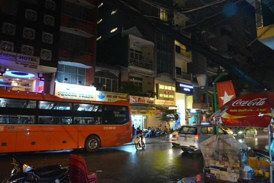 Vinh Hostel: view from ground
