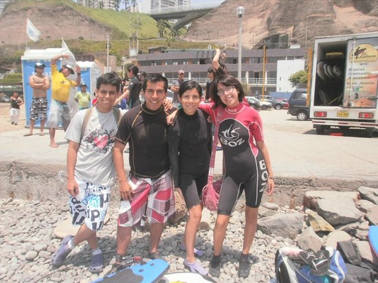 Pukana Surf school: before starting a surf session...