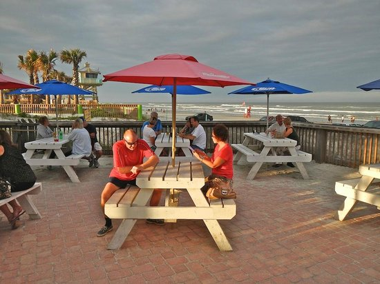 Toni & Joe's Patio: A patio with a great view and wonderful entertainment.