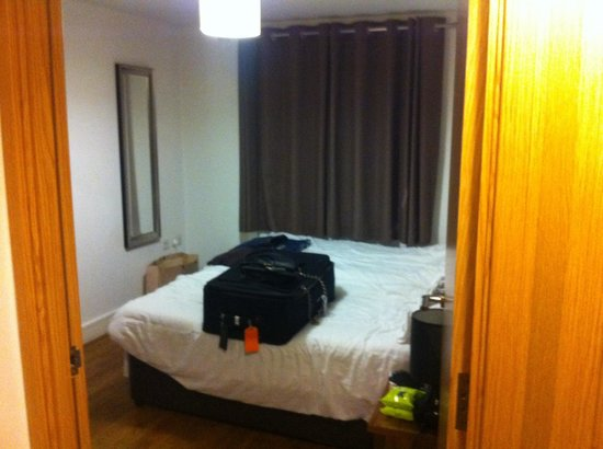 Staycity Aparthotels Duke Street: Bed room