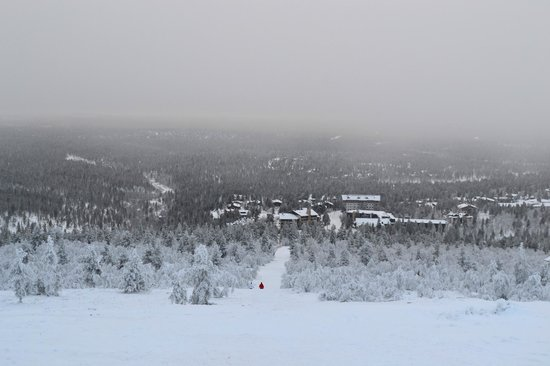 Saariselka Inn : View from Kaunispaa Hill - Biggest toboggan run