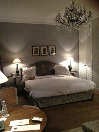 New Hotel Roblin La Madeleine : chambre junior suite