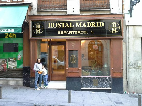 Hostal Madrid: reception