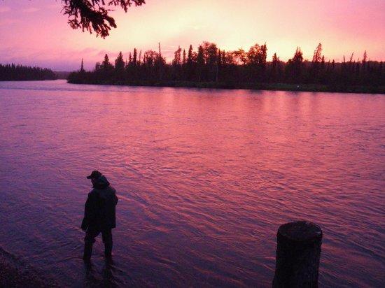 Jimmie Jack's Alaska Lodge: Good Morning Kenai River