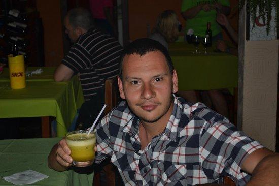 Dom Mario : la mejor caipiriña con maracuya que probe en todo brasil