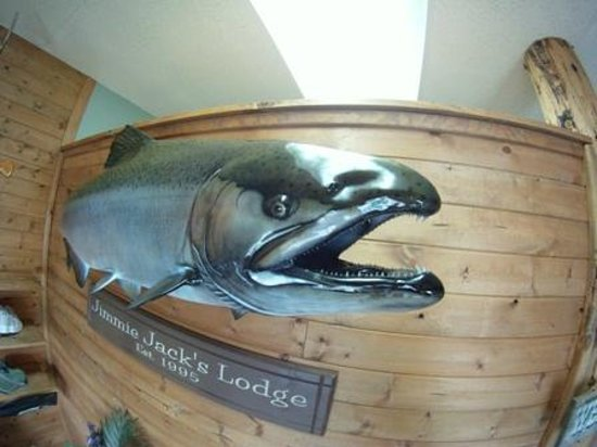 Jimmie Jack's Alaska Lodge : Lodge Entrance