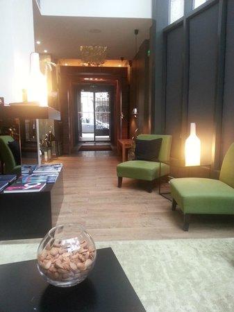 Legend Hotel by Elegancia : Entrance way and Lobby