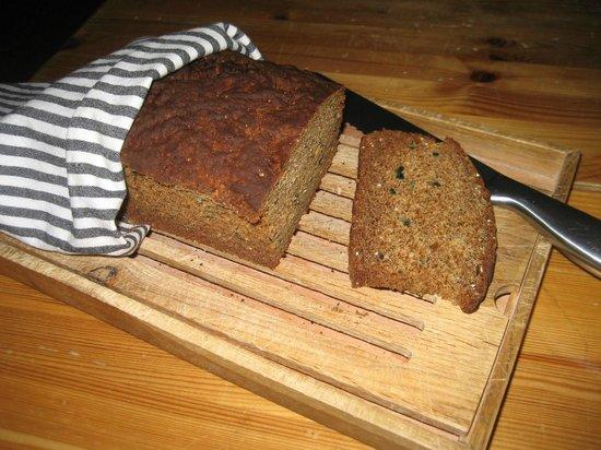 Best Western Hotell Soderh: Hembakat bröd