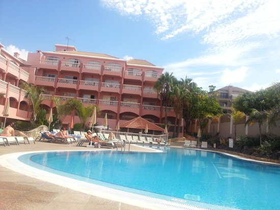 Marola Park : Pool View
