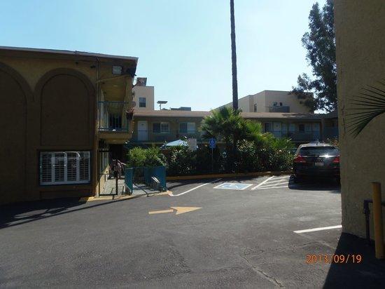 Hollywood City Inn: HOTEL