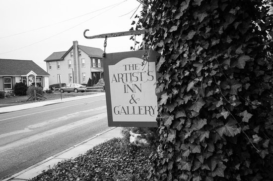 Artist's Inn and Gallery : Street View
