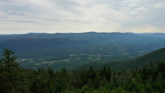 Mount Equinox: Vistas
