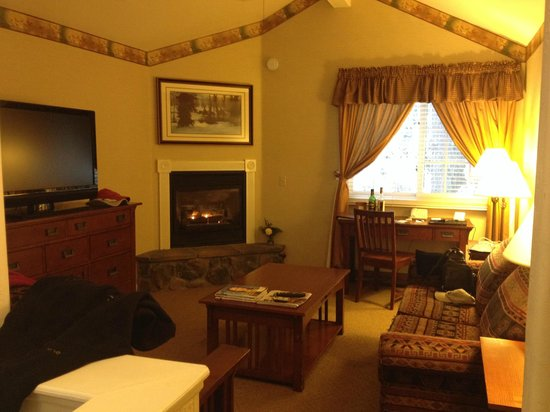 Tenaya Lodge at Yosemite: Living Area of Cottage 2nd floor