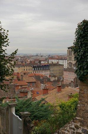 Villa Florentine: View from Hotel