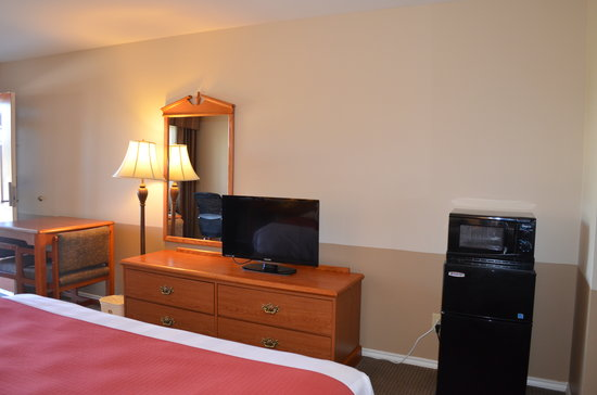 Best Western Sonora Inn: 32'' Flat Screen TV