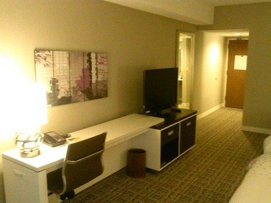 Renaissance Atlanta Waverly Hotel & Convention Center: Desk
