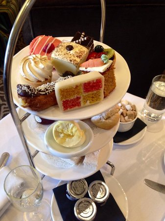 Sopwell House: Afternoon tea yum!!