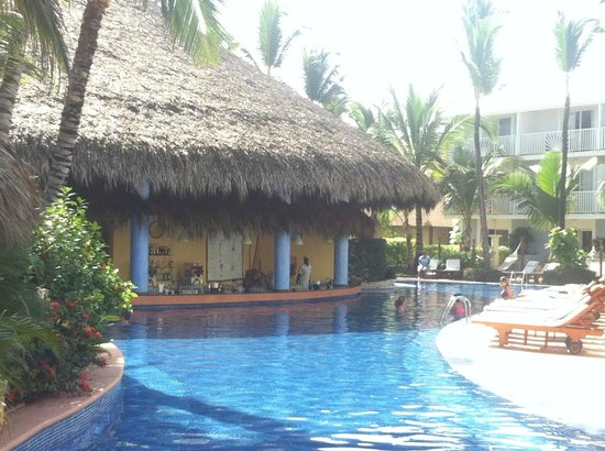 Excellence Punta Cana: pool bar