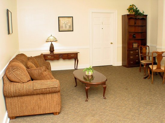 Fort Harrison State Park Inn, Golf Resort & Conference Center: Common Area in the Harrison House
