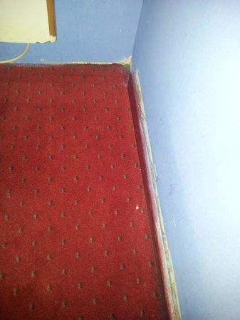Slina Hotel: pared descorchada
