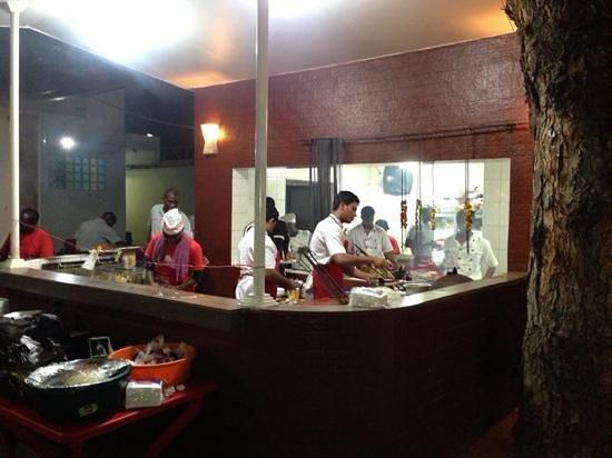 Mamboz Sizgrill : open kitchen